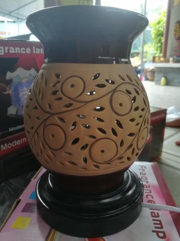 Đèn xông tinh dầu gốm cao